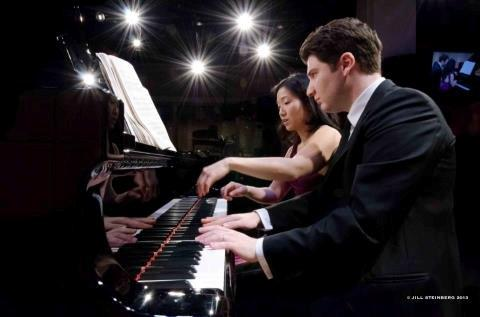 Foto von Jill Steinberg: Alessio Bax und Lucille Chung im 'Greene Space'
